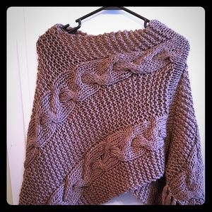 Sweaters - Brown poncho